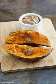 recreate the outback steakhouse sweet potato topped with honey er cinnamon and brown sugar
