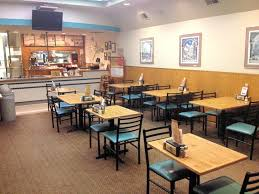 photo of round table pizza san rafael ca united states interior