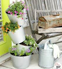 DIY Flower Pots You'll Love Looking At