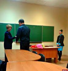 Псковские военные получили дипломы по программе Практическая  Приступая непосредственно к вручению заветных дипломов директор института непрерывного образования Инна Андреянова сказала что в этом году уделяется