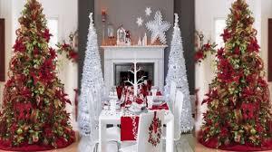 Elegant Christmas Tree Decorating Ideas_Abraham L. Smith