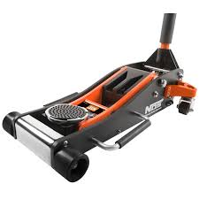 3 ton aluminum floor jack. (4) non-marring nylon caster casters provide for use on most any floor. this aluminum jack 3 ton floor i