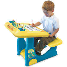 the minions sit play creative art desk features contains 1 sit and play creative art desk 8 crayons 8 markers and 5 coloring sheetsincludes foot