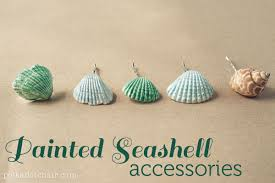 Summer shell arts and crafts