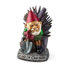 game of gnomes statues