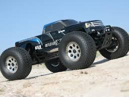 <b>Радиоуправляемая</b> модель <b>Монстра HPI Savage</b> XL 5.9 4WD RTR ...
