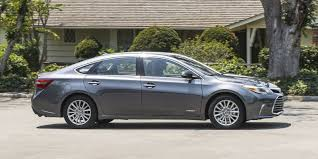 2017 Toyota Avalon Hybrid XLE Premium is a sedan that sparkles