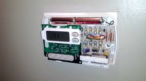 how to fix your thermostat changing the batteries youtube white rodgers thermostat wiring 1f80-51 at White Rodgers Thermostat Wiring Diagram