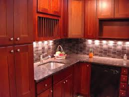natural cabinet lighting options breathtaking. Cherry Shaker Kitchen Cabinets Natural Cabinet Lighting Options Breathtaking R