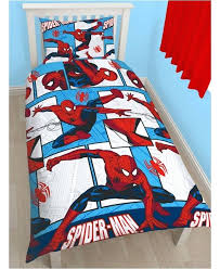 spiderman fans will love this awesome official bedding set the bold design features comic book comic