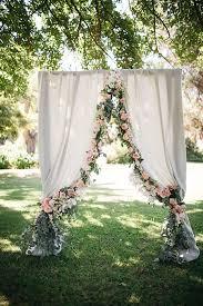 40 elegant ways to decorate your wedding with fl garlands