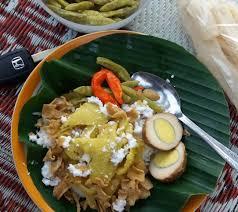 Sebenarnya nasi liwet ini memiliki cita rasa yang hampir mirip dengan nasi uduk. 5 Resep Nasi Liwet Dengan Magic Com Sederhana Yang Enak