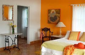 orange bedroom. orange bedroom