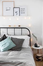 Small Apartment Bedroom Decorating 17 Best Ideas About Apartment Bedroom Decor On Pinterest College