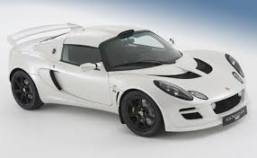 lotus exige masterpiece designed by lotus cars made its first debut in 1996 the 2 door two seat sports car had a front splitter fibregl hardtop roof