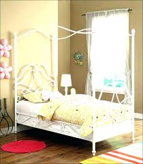 Trundle Bed Kit Twin Canopy Bed With Trundle Twin Canopy Bed Medium ...