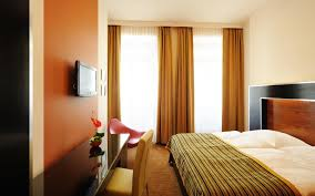 customer reviews auto hotel deluxe