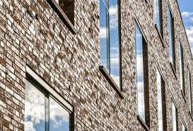 Fassade Mit Klinker 7 Fakten Zum Einbau Von Fenstern Haustüren
