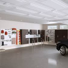 Garage interior Contemporary Now That You Know The Best Type Of Paint For Garage Walls Youre Probably Trying To Determine The Best Color For Your Garage Space Hgtvcom Best Paint For Garage Walls expert Tips Flow Wall