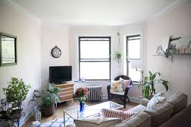 House Tour: A 1970s-Inspired Chicago Apartment | Apartment Therapy
