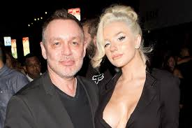 Courtney Stodden 'Taken Advantage of' During Doug Hutchison Marriage |  PEOPLE.com