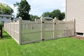 Buy supplies for a Vinyl Picket Fence Harrisburg or Lebanon PA