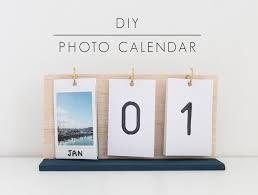Make your own flip calendar using instax prints and some hooks. Perfect for  the new year and starting off 2016 (Diy Room Wood)