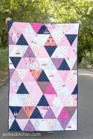 Trend Report: 23 Geometric Quilt Patterns - Seams And Scissors & College Dorm Triangles Quilt Adamdwight.com