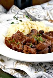 sirloin tips slow cooked with mushrooms