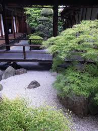 Terrace and Garden: Indoor Japanese Courtyard Garden Decoration - Japanese  Backyard