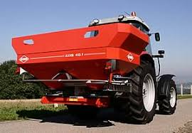 Kuhn Twin Disc Spreader First For Innovation At Lamma 2006