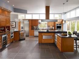 Kitchen For Medium Kitchens Medium Light Cabinets Dark Counter Mix Of Horizontal And Vertical