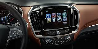 2018 chevrolet lineup. beautiful chevrolet 2018 traverse midsize suv technology android auto display in chevrolet lineup