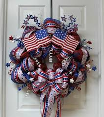 patriotic mesh wreath how to make a mesh wreath 15 diy guide patterns