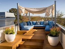 Best 25+ Rooftop patio ideas on Pinterest   Rooftop, Rooftop terrace and  Rooftop deck