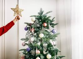 getting a faux tree means no pine needles to clean up