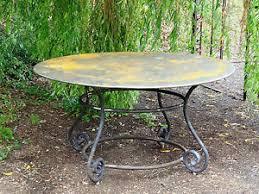 table ronde en fer forgé de 140 cm de diametre ,plateau en tôle | eBay