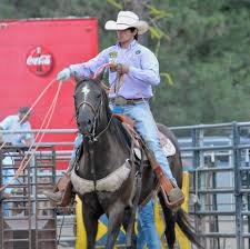 checkout q a session with team roper calgary smith as he talks about his training practices who he looks up to and roping advice for all of the team