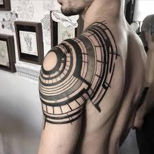 татуировки на левой руке расположение и значение информационное