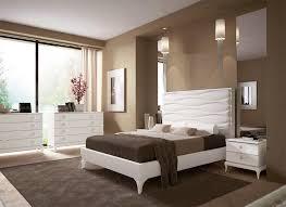 Immagini Di Camere Da Letto Moderne : Pareti camera da letto grigio perla rinnovare con i colori delle