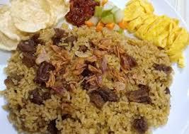 Agar tidak bosan, daging kambing juga bisa diolah menjadi bahan baku aneka masakan nasi berbumbu. Resep Nasi Kebuli Daging Sapi Ala Rumahan Yang Cocok Untuk Sarapan Pagi Kumparan Com