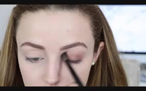 easy makeup tutorial for green eyes day time smokey eye bold lips tune pk