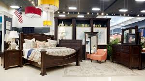 Lexington Bedroom Furniture Lexington Bedroom Collection By Gallery Furniture