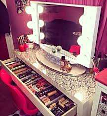 luxury makeup vanity. Deco, Luxury, Makeup Table, Mirror, Perfumes, Desk Luxury Vanity