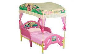 juvenile bedroom sets dora the explorer crib sheets dora toddler bed comforter set