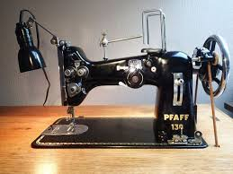 Pfaff 130 Sewing Machine
