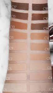 lightweight feel with a full coverage this concealer covers blemishes evens skin tone and hides under eye dark circles the darker shades in the range can