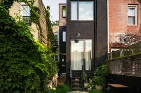 In Brooklyn, an ultra-narrow house is transformed into a chic ...