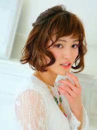 ショートボブの髪短い女子専用キュートさ薫り立つヘアアレンジ特集