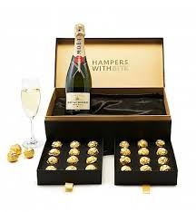moet clic chagne gifts moet chandon brut imperial chagne meets luscious ferrero roche truffles to create a perfect gift